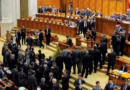 Tisztázatlan részletek: 2 millió lejre utaztak parlamenti képviselőink 2015-ben