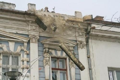 Magyarázatot kért a kulturális miniszter a kolozsvári műemlékek rombolására