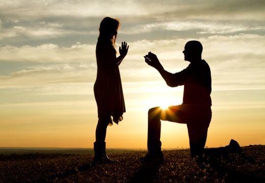 Házasságkötés: feltételhez kötnék a családalapítást