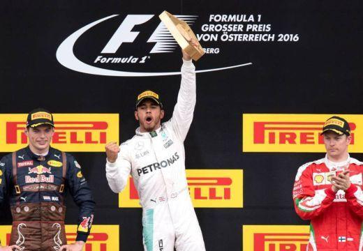 Drámai csata után nyert Hamilton Ausztriában