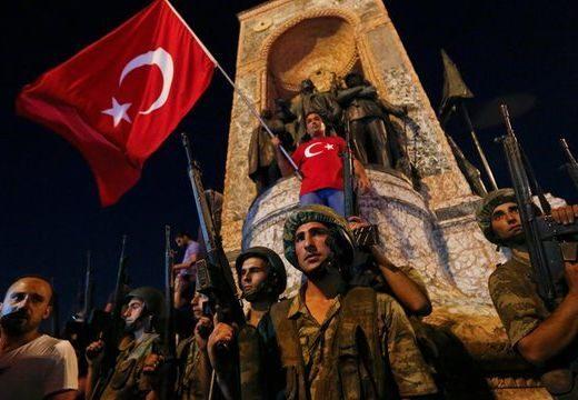 """Szakértő: """"amatőr módon"""" szervezték meg a török puccskísérletet"""