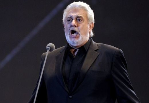 Plácido Domingo ingyenes koncertet ad a Szent István Bazilika előtt