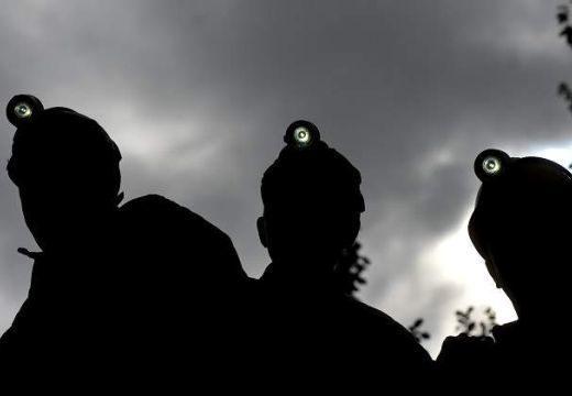 Spontán tiltakozásba kezdtek a Zsil-völgyi bányászok szakszervezeti vezetői