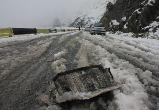 Vigyázat, autósok! Már 10 centis hó a Transzfogarason!