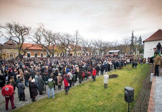 Katolikus iskola: Memorandummal fordultak a román állami vezetőkhöz