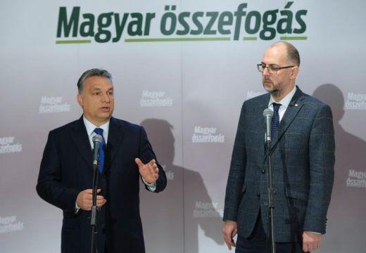 """""""Emelem kalapom"""" – üzente Orbán Viktor Kelemen Hunornak és Biró Zsoltnak"""