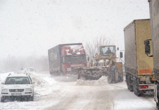 Gondok a hó miatt Kovászna megyében is