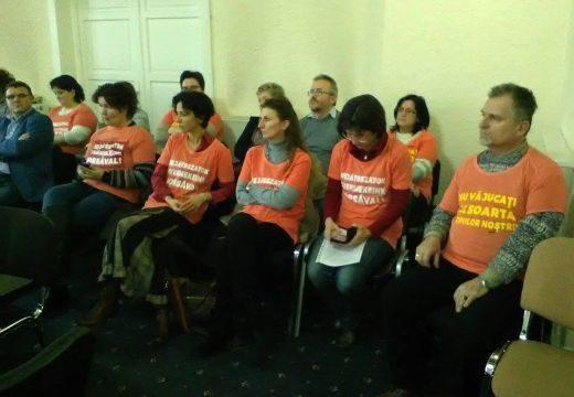 Civilek a Katolikus Iskoláért: Dorin Florea nem ment el a tanácsülésre, de Claudiu Maiorral üzent