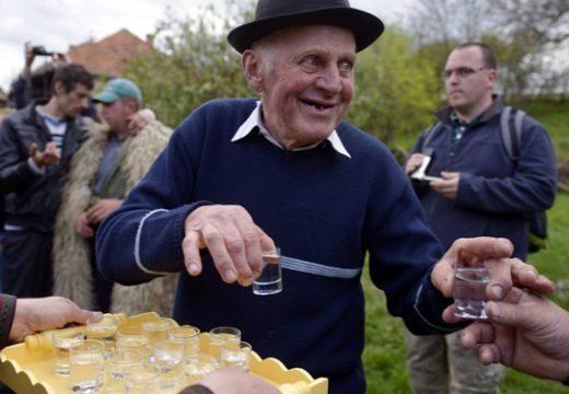 A székelyföldiek is pálinkáznának: Maros, Hargita és Kovászna megye a magyar kormányhoz fordul
