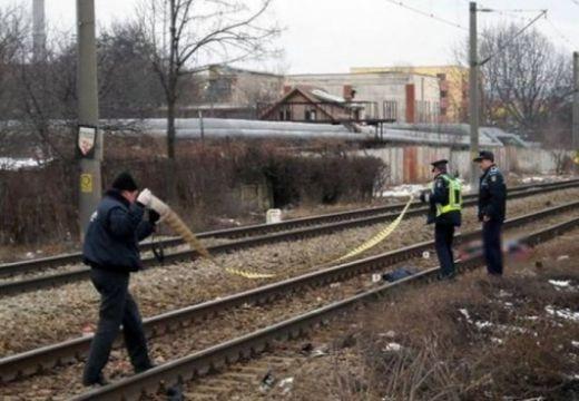 A 60 éves férfit több méteren át sodorta magával a mozdony
