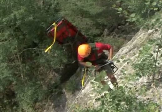 Lehozták a hegyimentők a Királykőn bajba került turistákat