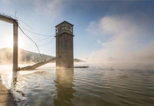 Láthatóvá vált a vízzel elárasztott egykori település Bözödújfalun