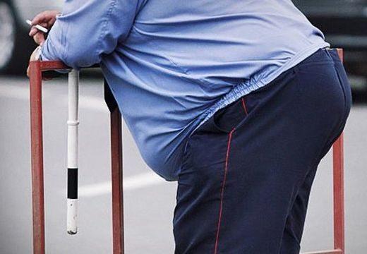 Kirúgták a kövér rendőröket, akik képtelenek voltak lefogyni