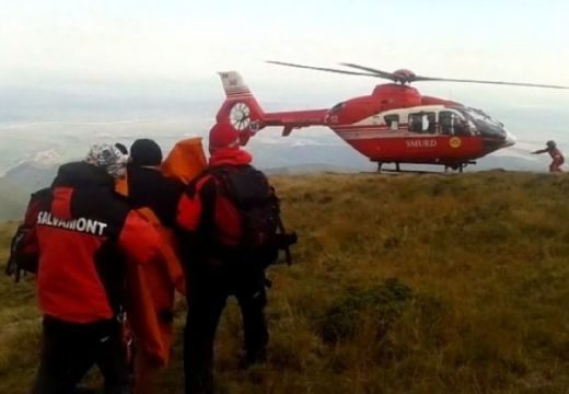 Helikopteres mentés a Fogarasban: szakadékba zuhant egy nő