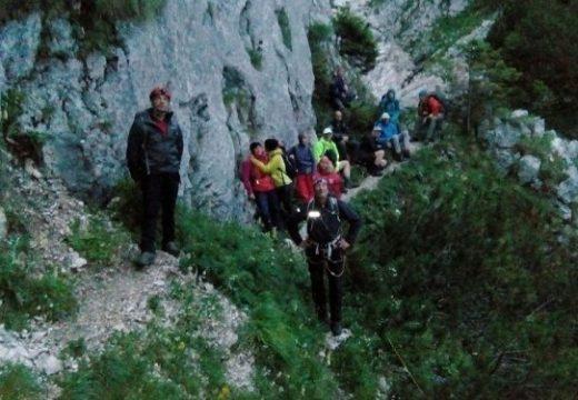 12 órás mentőakció a Királykőben: eltévedt magyarországi túrázók kértek segítséget