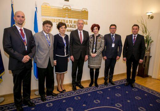 Ambasadorul SUA în România, în vizită la UMF Tîrgu Mureș