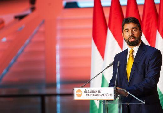 """""""Sötét"""", """"barbár"""", """"agresszív"""": így reagált a Fidesz a román kormányfő állásfoglalására"""