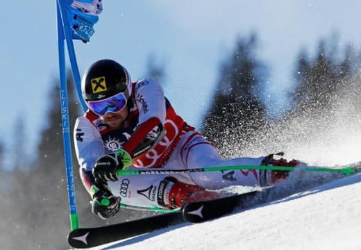 Az éllovas Hirscher Adelbodenben is győzött