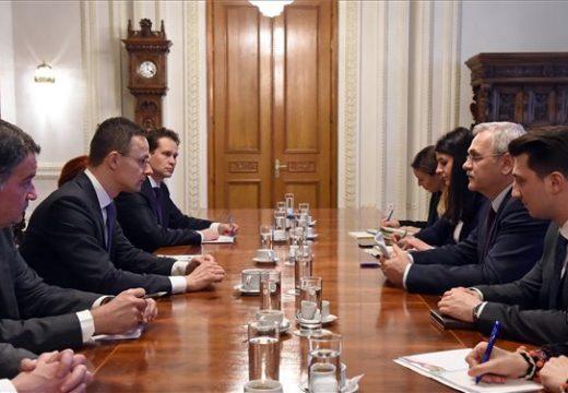 Szijjártó: Történelmi előrelépés az energiabiztonságban a magyar-román együttműködés