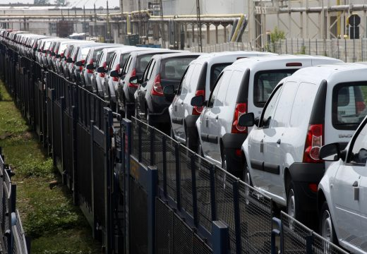Eddigi legjobb évét zárta tavaly a Renault csoporthoz tartozó román Dacia autógyár