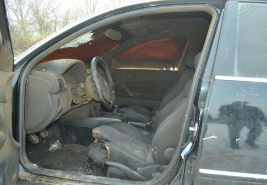 Árokba csúszott, elütötték, cserbenhagyták, s még fel is akarták gyújtani az autót, amellyel elgázolták