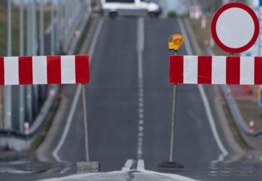 Lezárják Magyarország határait a személyforgalom előtt