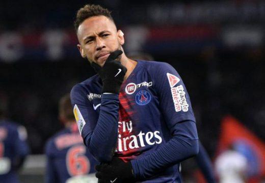 A PSG 38 millió eurós fizetéssel kecsegteti Neymart