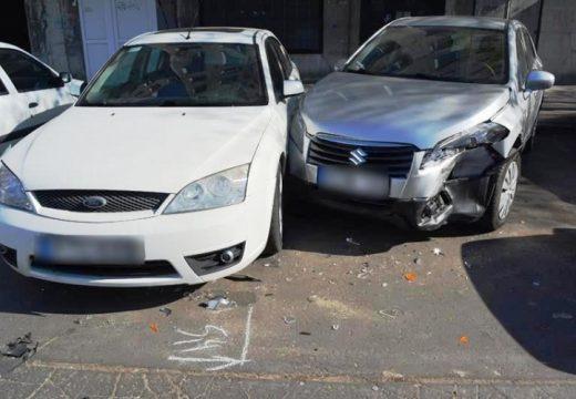 Parkoló autóknak ütközött Debrecen belvárosában