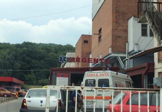 Égési sebekkel és füstmérgezéssel hoztak be két gyereket Marosvásárhelyre