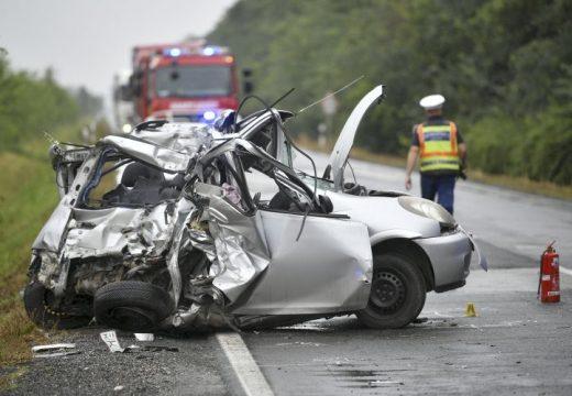 Halálos közlekedési baleset teljes útzár Berettyóújfalu és Földes között