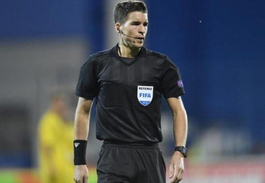 Francia bíró a a román–északír meccsen