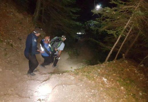Arcátlan módon sértegették a segítségükre érkező hegyimentőket