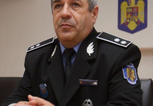 A helyi rendőrfőnök a választás utáni változás első áldozata