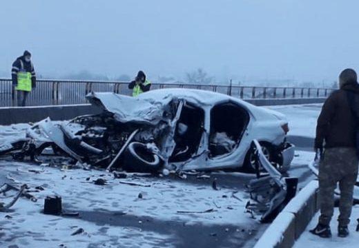 Súlyos baleset szabálytalan előzés következtében
