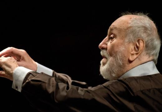 Elhunyt a világhírű karmester