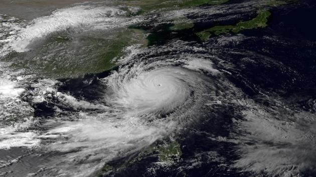 A klímaváltozás miatt erősebbek a tájfunok