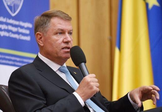 Iohannis: A székelyföldi fiatalok meg kell tanuljanak románul!