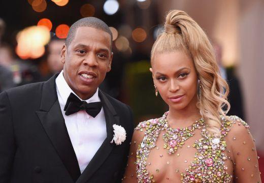 Beyoncé megmutatta a nyilvánosságnak újszülött ikreit – nézd meg a felvételt!