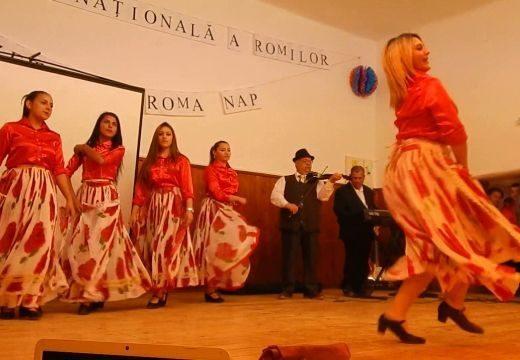 A romák nemzetközi napját ünnepelték a Marosszentgyörgyhöz tartozó Csejden
