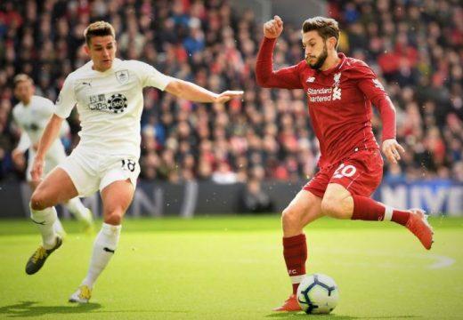 Egy hónappal hosszabbított a Liverpool középpályása