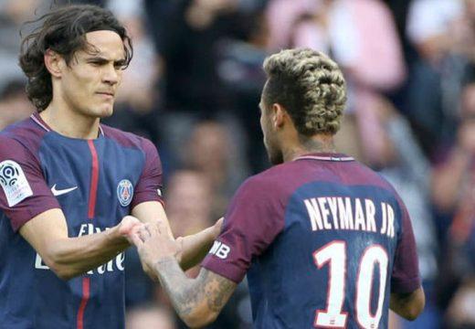 Neymar helyett Cavani érkezhet a Barcelonához