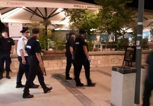 Aprópénzért adta el becsületét a tengerparti rendőrfőnök