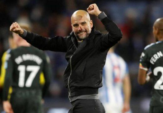 Josep Guardiola hosszabbított a Manchester Cityvel