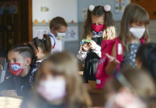 Bejelentés az iskolai oktatás újraindításáról: mikortól várható?